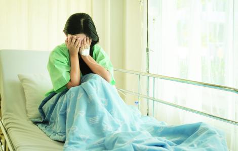 Sau lần bệnh nặng, tá hoả với chuyện tiền nong trong nhà