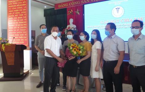 """Đoàn bác sĩ TPHCM """"rút quân"""" sau 20 ngày trợ giúp Quảng Nam chống dịch COVID-19"""