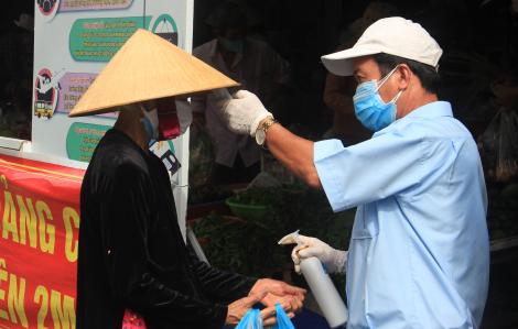 Đà Nẵng: Tổ trưởng dân phố, làm việc ở chợ Lầu Đèn mắc COVID-19