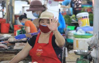 Sáng 24/8, Đà Nẵng thông báo khẩn một người đi chợ mắc COVID-19