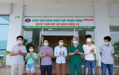 """Bé gái 10 tuổi ở Lạng Sơn """"chiến thắng"""" COVID-19"""