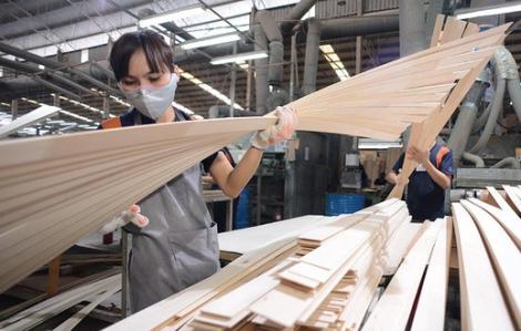 Đồ gỗ xuất khẩu Việt Nam hưởng lợi từ căng thẳng thương mại Mỹ - Trung