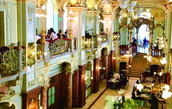 New York Café & giấc mộng về quán cà phê đẹp nhất thế giới