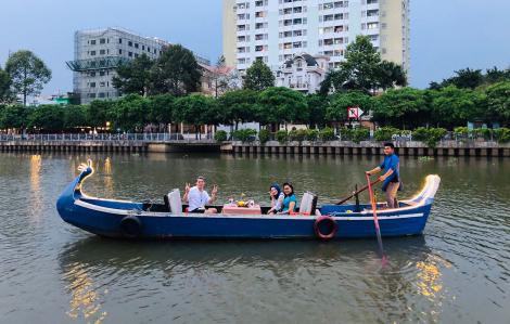 Bến nội đô Sài Gòn: Trôi theo dòng hoàng hôn giữa phố