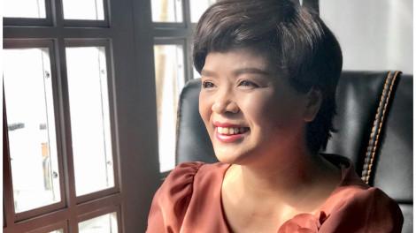 """Tiến sĩ xã hội học Phạm Thị Thúy: """"Làm ơn đừng sống thay con!"""""""
