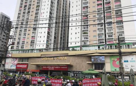Kiến nghị cưỡng chế tháo dỡ 43 căn hộ xây trái phép ở chung cư Oriental Plaza