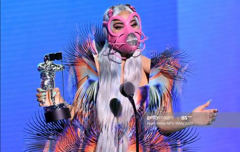 Lady Gaga đại thắng MTV VMAs 2020