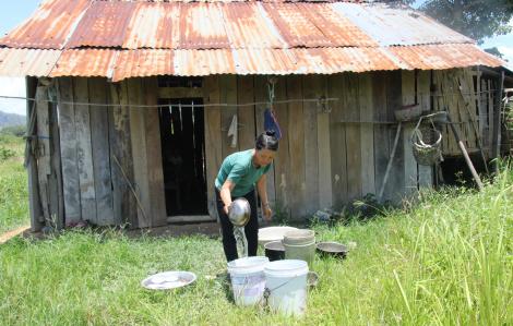Hỗ trợ COVID-19 ở Đắk Lắk: Người nghèo, có tên nhưng không có tiền