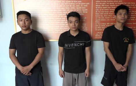 Khởi tố, bắt giam nhóm đối tượng chuyên làm bằng cấp giả ở Sài Gòn