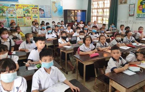 Ngày tựu trường ở ngôi trường đông học sinh nhất Sài Gòn
