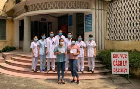 """2 bệnh nhân cuối cùng khỏi bệnh, Bệnh viện Đa khoa tỉnh Nam Định """"sạch bóng"""" COVID-19"""