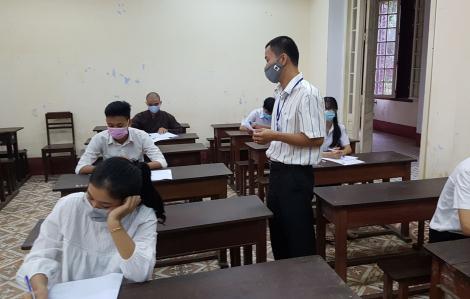 67 thí sinh thuộc diện F2 tại Huế, Quảng Trị bước vào buổi thi đầu tiên