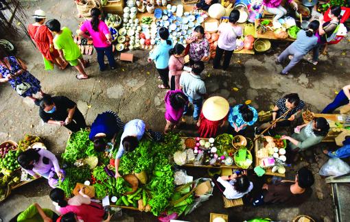 Ra chợ gặp hàng quê