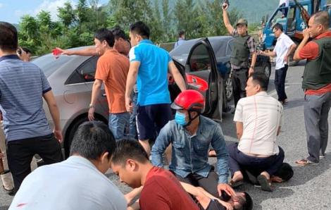 Cảnh sát nổ súng bắt nhóm vận chuyển ma túy trên quốc lộ 1A