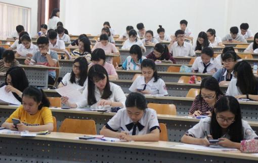 """Trường ĐH Quốc tế, ĐH Công nghệ TPHCM """"chốt"""" điểm chuẩn"""