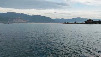 Con đường giữa biển thần kỳ ở Điệp Sơn