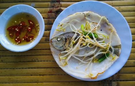 Đến làng Chuồn ăn món bánh xèo cá kình