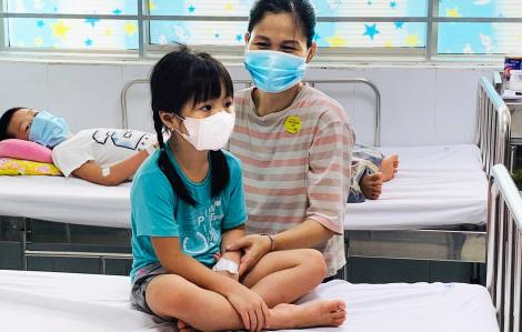Sốt xuất huyết vào mùa, trẻ sơ sinh cũng nhập viện