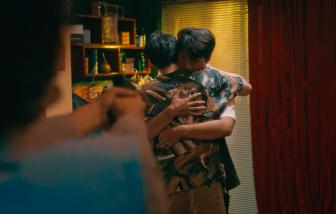 Tình yêu trong MV nhạc Việt: Bao giờ thôi bạo lực và những mối tình đồng tính bi thảm?
