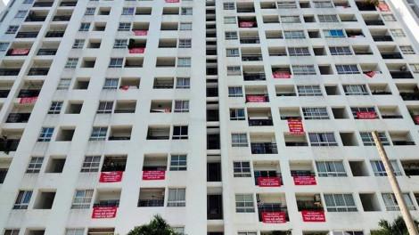 """Sổ hồng bị """"treo"""": Dân khổ, doanh nghiệp mang tiếng, nhà nước thất thu"""