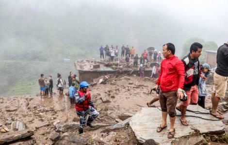 Lở đất ở Nepal, ít nhất 12 người chết do bất ngờ