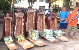 Gần 100kg ma túy ngụy trang trong 5 pho tượng gỗ
