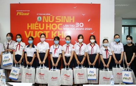 """P&G Việt Nam đồng hành cùng học bổng """"Nữ sinh hiếu học, vượt khó"""""""