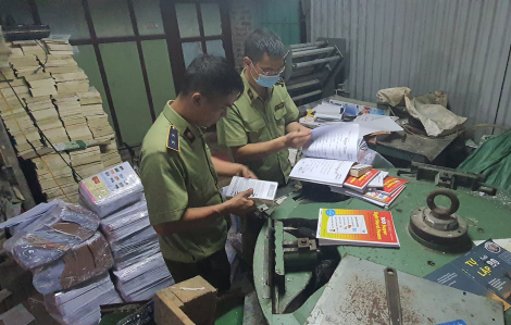 60.000 cuốn sách giả NXB Giáo dục Việt Nam bị thu giữ