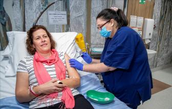 Các nước giàu gom vắc-xin: Trở ngại cho miễn dịch cộng đồng