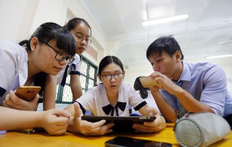 Học sinh THCS, THPT được sử dụng điện thoại trong lớp để phục vụ học tập