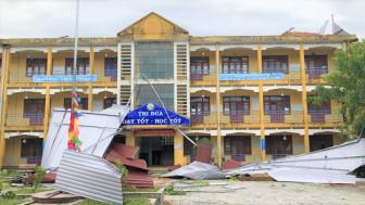 Thừa Thiên - Huế: Trường học tan hoang sau bão dữ