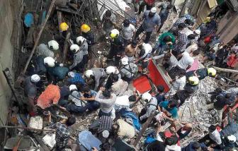 Ít nhất 10 người chết trong vụ sập tòa nhà ở Mumbai