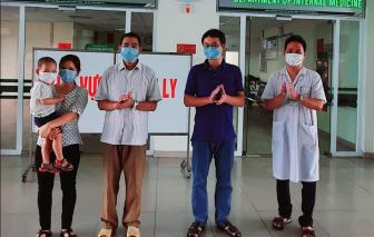 Gia đình 3 người khỏi bệnh COVID-19, cùng xuất viện