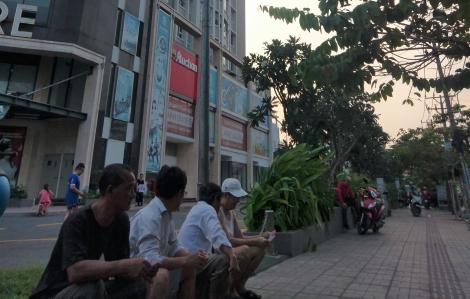 Mua nhà Sài Gòn: Mua quá dễ, trả nợ mới khó
