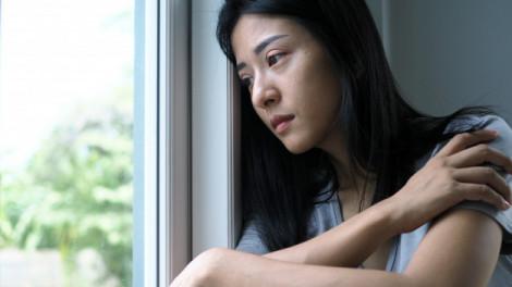 Có nên chịu bất hạnh để gia đình yên ổn?