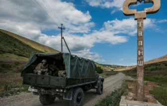 Azerbaijan và Armenia bất ngờ giao tranh ác liệt, nhiều máy bay bị bắn hạ