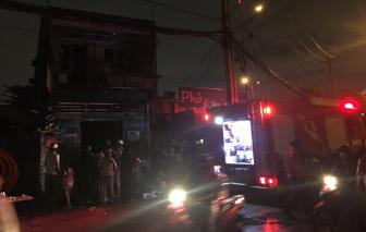 TPHCM: Cháy nhà dân cạnh quán phở, nhiều thực khách bỏ chạy tán loạn
