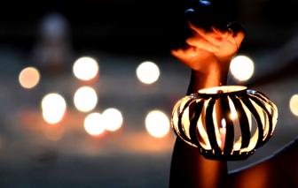 Mùa lồng đèn của đám con nít nghèo Chợ Lớn