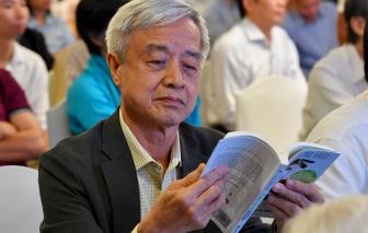 """""""Người Việt không đọc sách vì có quá nhiều sách"""""""
