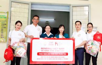 Generali trao tặng 500 phần quà ý nghĩa cho các bệnh nhi khó khăn trên toàn quốc