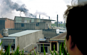 """Dai dẳng """"cuộc chiến"""" di dời, xử lý cơ sở gây ô nhiễm"""