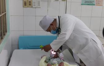 Đồng Nai mổ cứu bé sơ sinh không thể nằm ngửa