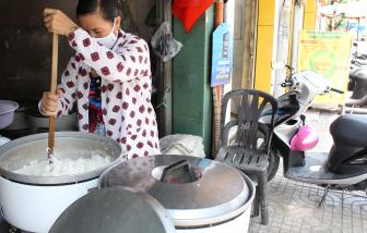 Phố cơm trắng của người nghèo tiêu điều sau dịch COVID-19