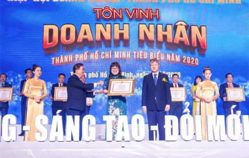 Vào top 100 doanh nghiệp, doanh nhân tiêu biểu 2020, Phúc Khang thể hiện vị thế doanh nghiệp giữa đại dịch COVID-19