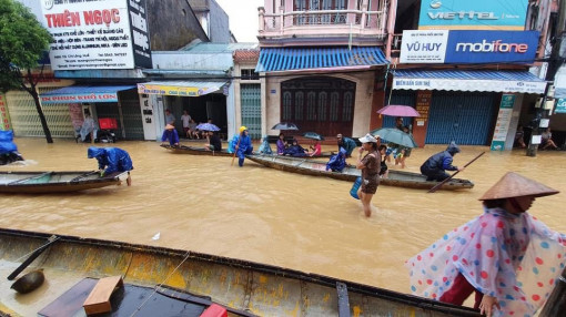 Ngập những âu lo trong mỗi căn nhà lụt
