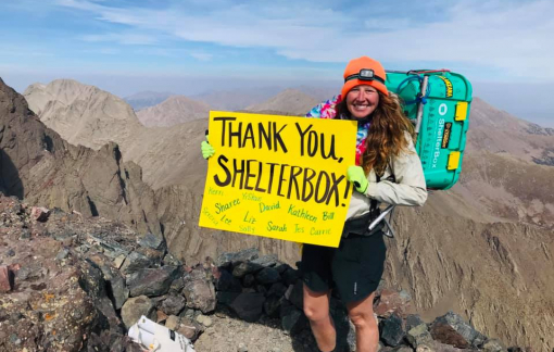 Cô gái 27 tuổi chinh phục 58 đỉnh núi gây quỹ giúp đỡ nạn nhân COVID-19