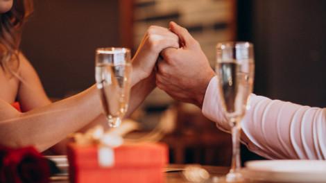 Quà tặng phụ nữ: Cho vàng cũng không bằng được lắng nghe?