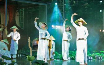 Thí sinh Trung Quốc mặc áo dài Việt thi Hoa hậu Trái đất: Màn thua trông thấy từ sự chậm trễ