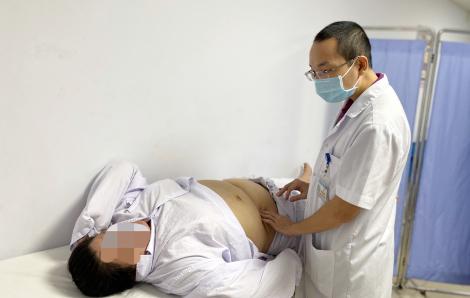 Giảm cân không thành, người phụ nữ phẫu thuật thu nhỏ dạ dày