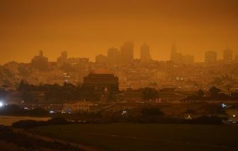 Hàng triệu người Mỹ sống chung với khói cháy rừng nguy hiểm